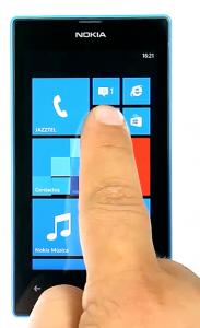 Captura del acceso al correo electrónico en Nokia Lumia
