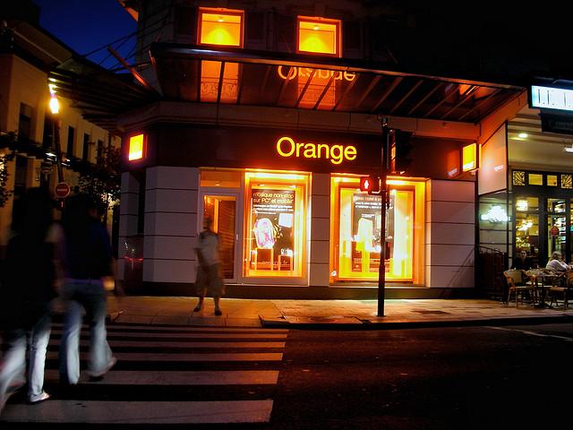 Orange hace una oferta por Jazztel